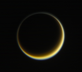 7723_PIA21625_Titan_-_RGB_-_May_29_2017